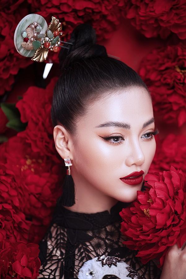 Hoa hậu Phương Khánh khoe vẻ đẹp đậm chất Á Đông trong bộ ảnh mới - Ảnh 4.