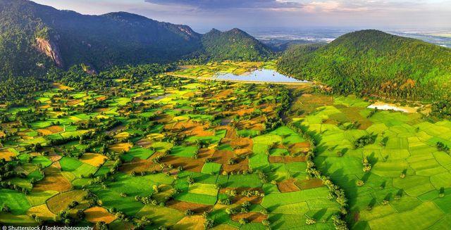 Báo Anh giới thiệu chùm ảnh tuyệt đẹp về Việt Nam - Ảnh 4.