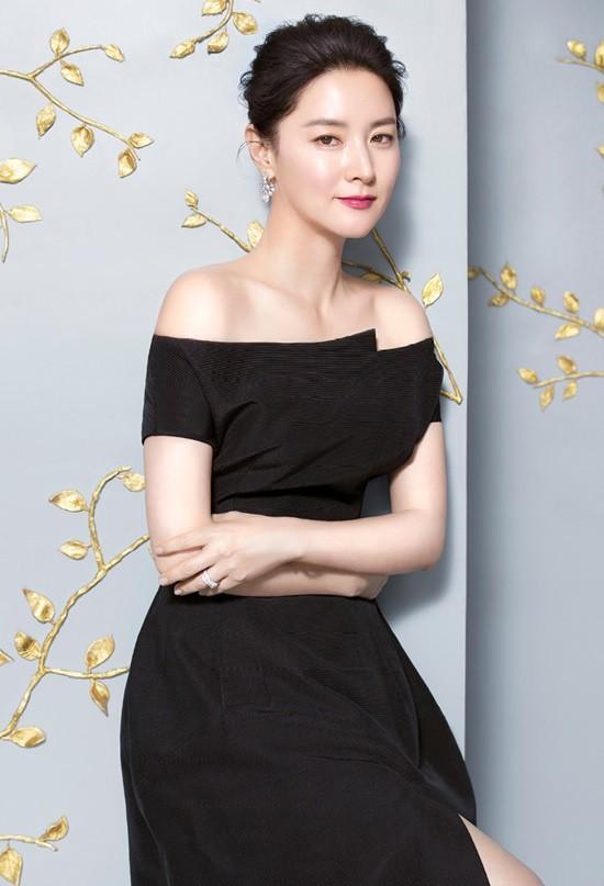 Lee Young Ae xứng đáng là tượng đài nhan sắc của Kbiz - Ảnh 5.