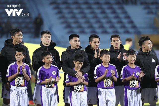 Chuẩn bị cho SEA Games 30, tân HLV U22 Việt Nam tới xem giò cầu thủ Hà Nội - Ảnh 1.