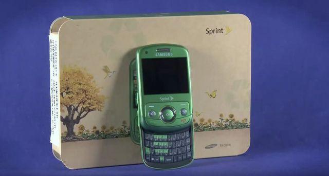 Nhìn lại những chiếc điện thoại phá cách của Samsung trong hơn một thập kỷ qua - Ảnh 4.