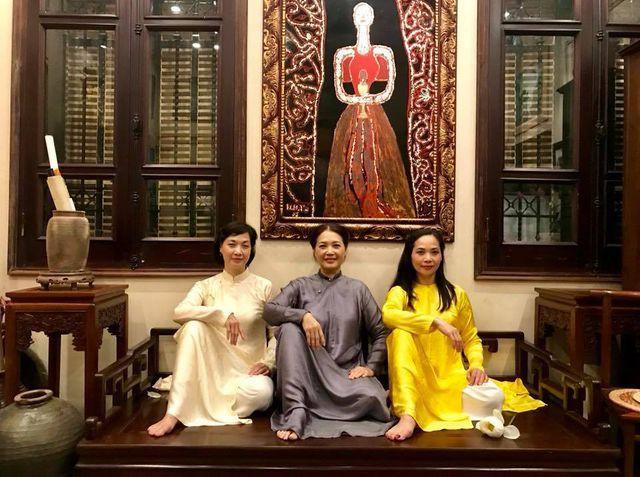 Nhan sắc đáng ngưỡng mộ ở tuổi ngoài 50 của Lê Vân, Lê Khanh, Lê Vi - Ảnh 10.