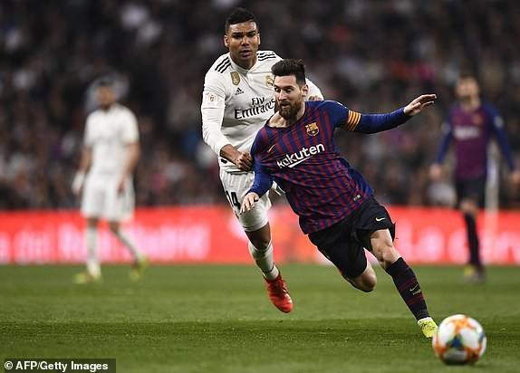 ẢNH: Real Madrid gục ngã trước Barcelona trong trận cầu Siêu kinh điển - Ảnh 8.
