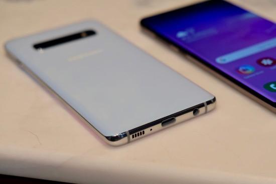 10 tính năng chỉ Galaxy S10 mới có - Ảnh 14.