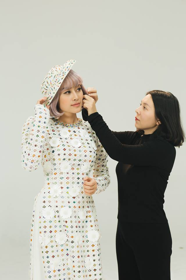 MC Phí Linh, Hồng Nhung diện các mẫu áo dài trong 100 năm qua - Ảnh 41.