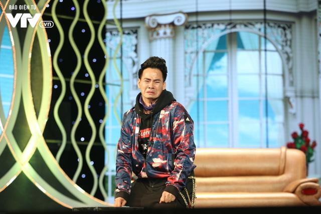 Xuân Bắc khóc nghẹn vì bố Tự Long, Quang Thắng ở Gala cười 2019 - Ảnh 19.