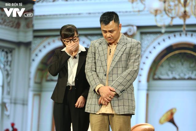 Xuân Bắc khóc nghẹn vì bố Tự Long, Quang Thắng ở Gala cười 2019 - Ảnh 22.