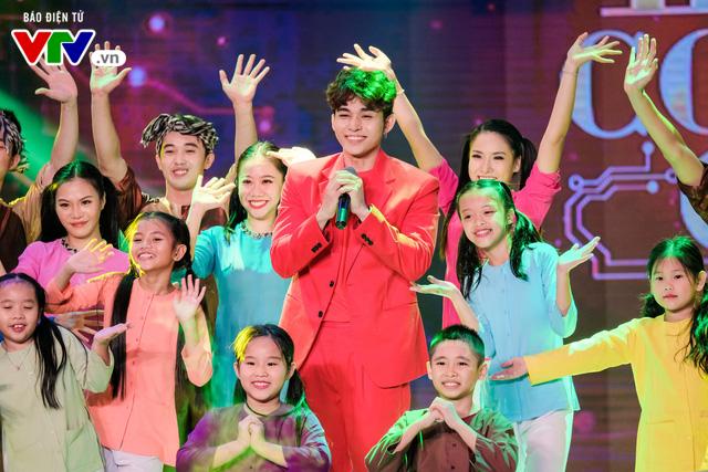 Jun Phạm và những khoảnh khắc siêu đáng yêu tại 12 Con giáp 2019 - Ảnh 6.