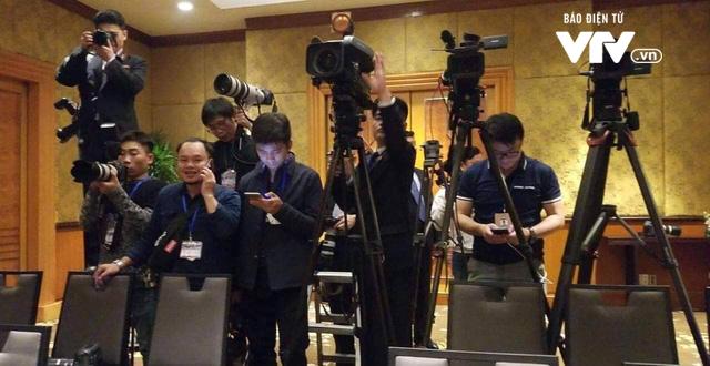 Triều Tiên bất ngờ họp báo giữa đêm, khẳng định không thay đổi đề xuất - Ảnh 1.