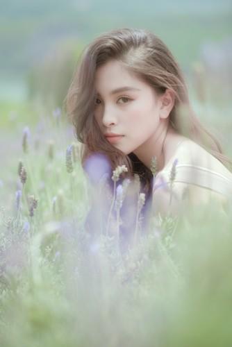 Hoa hậu Tiểu Vy khoe nhan sắc ngọt ngào sau nửa năm đăng quang - Ảnh 12.