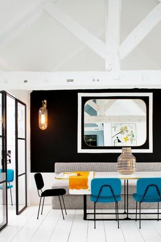 Bí kíp phối màu đen làm không gian căn nhà tươi sáng - Ảnh 1.