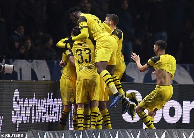 Dortmund ký hợp đồng HLV mới - Ảnh 1.