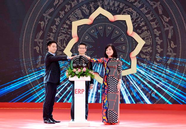 Tập đoàn Hoa Sen tiếp tục nâng cao năng lực sản xuất, tăng trưởng xuất khẩu - Ảnh 1.