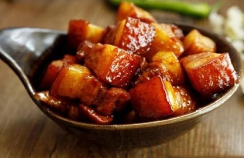 Món ngon mỗi ngày: Thịt ba chỉ kho ngũ vị hương thơm nức mũi - Ảnh 3.