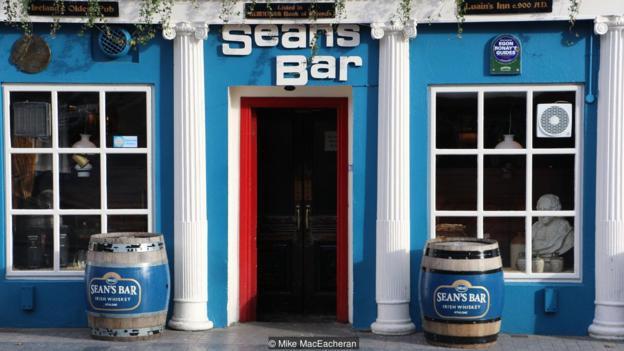 Khám phá quán rượu lâu đời nhất thế giới - Ảnh 1.