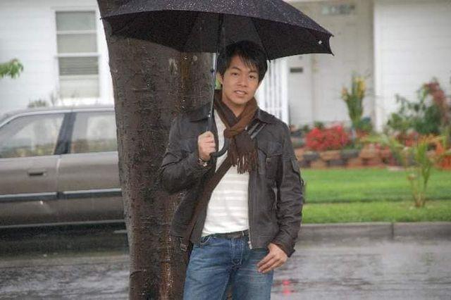 Quang Lê kể về sự cố nhớ đời năm 14 tuổi, suýt phải bỏ nghiệp hát - Ảnh 2.