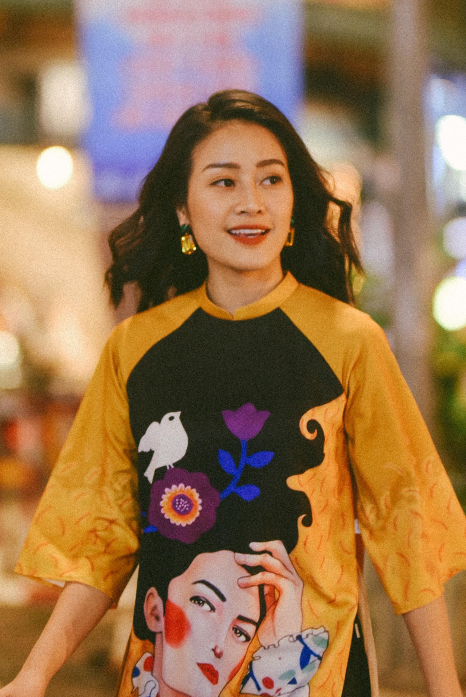 MC Phí Linh: Linh đẹp, Linh giàu có và Linh... đang nhâm nhi rượu vang - Ảnh 3.