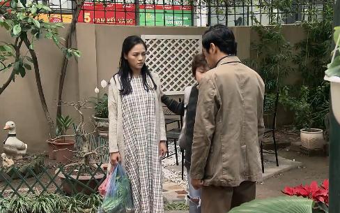 Về nhà đi con - Tập 9: Dương (Bảo Hân) tiết lộ lý do đánh anh rể, Thư (Bảo Thanh) bị sếp dọa dám chơi hai mang - Ảnh 1.