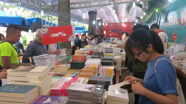 Ngày sách Việt Nam 2019 - Nơi kết nối độc giả và các đơn vị xuất bản - Ảnh 3.