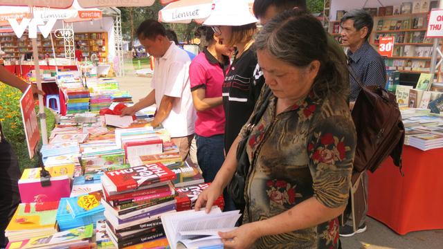 Ngày sách Việt Nam 2019 - Nơi kết nối độc giả và các đơn vị xuất bản - Ảnh 6.