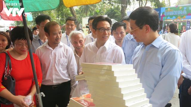 Ngày sách Việt Nam 2019 - Nơi kết nối độc giả và các đơn vị xuất bản - Ảnh 2.