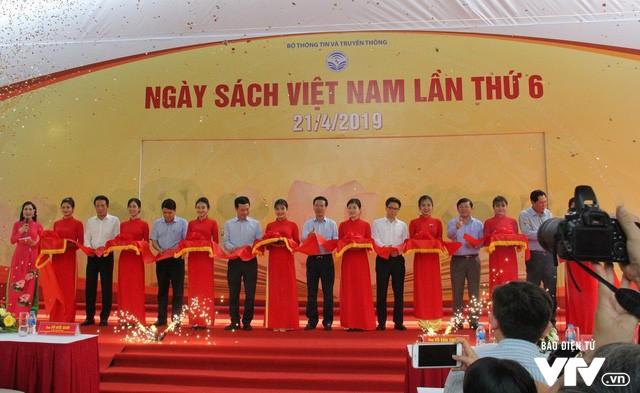Ngày sách Việt Nam 2019 - Nơi kết nối độc giả và các đơn vị xuất bản - Ảnh 1.