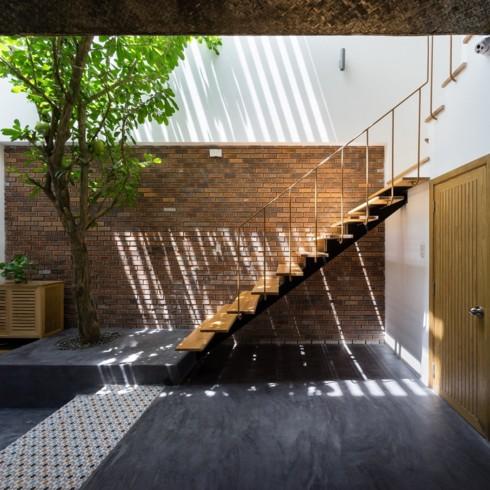 Ngôi nhà hiện đại mang phong cách nhiệt đới - Ảnh 4.