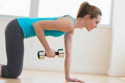 Một số bí quyết giúp bạn phòng ngừa loãng xương - Ảnh 1.