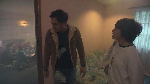 Những câu nói bất hủ của cô em gái ngổ ngáo, bất trị Ánh Dương trong phim Về nhà đi con - Ảnh 2.