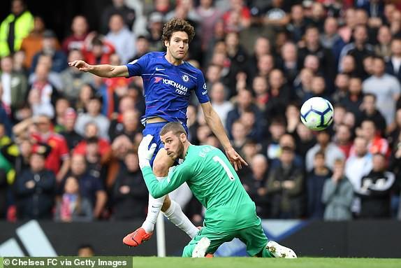 VIDEO Man Utd 1-1 Chelsea: Tội đồ De Gea - Ảnh 3.