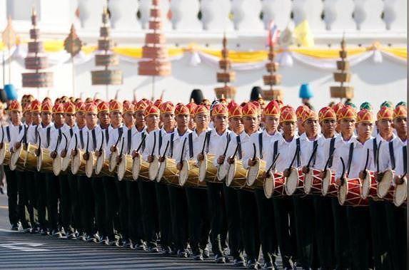 Thái Lan chi 31 triệu USD tổ chức lễ đăng quang của Nhà vua Rama X - Ảnh 3.