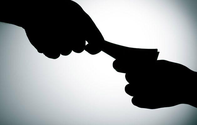 Vụ 5 thanh tra Thanh Hóa nhũng nhiễu, nhận tiền: Khởi tố 2 giám đốc doanh nghiệp - Ảnh 1.