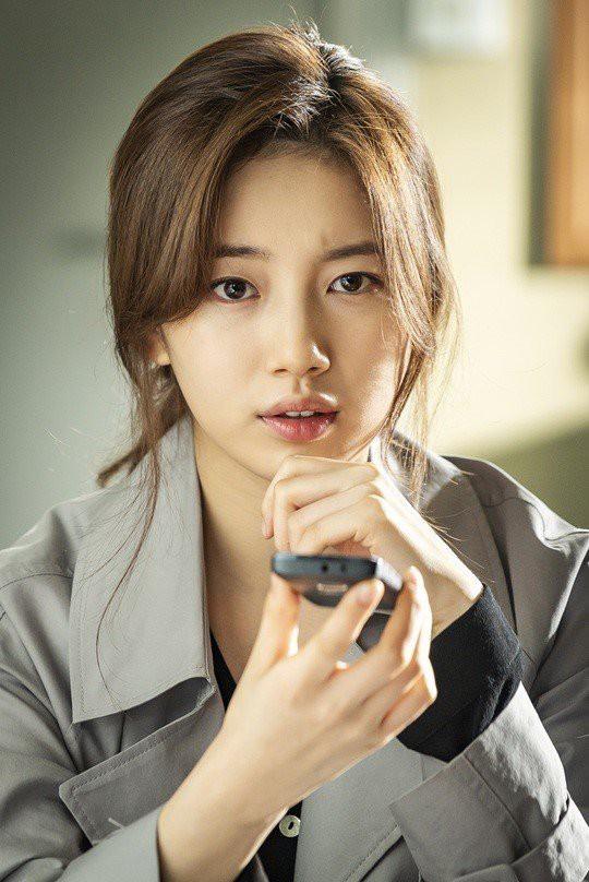 Sau 1 năm trễ hẹn, phim của Lee Seung Gi - Suzy cũng có lịch ra mắt - ảnh 2