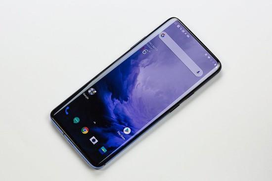 OnePlus 7 Pro vs Galaxy S10 Plus: kẻ tám lạng, người nửa cân! - Ảnh 6.