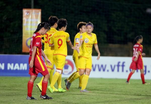 Giải bóng đá Nữ cúp Quốc gia: Phân định vé đá trận trang hạng 3 bằng bốc thăm - Ảnh 1.