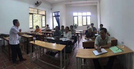 Ngôi trường đặc biệt của những học viên U60, U70 - ảnh 1