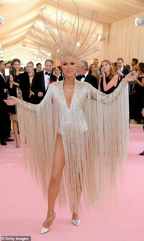 Lady Gaga, Katy Perry và Cardi B rực sáng trên thảm đỏ Met Gala 2019 - Ảnh 19.