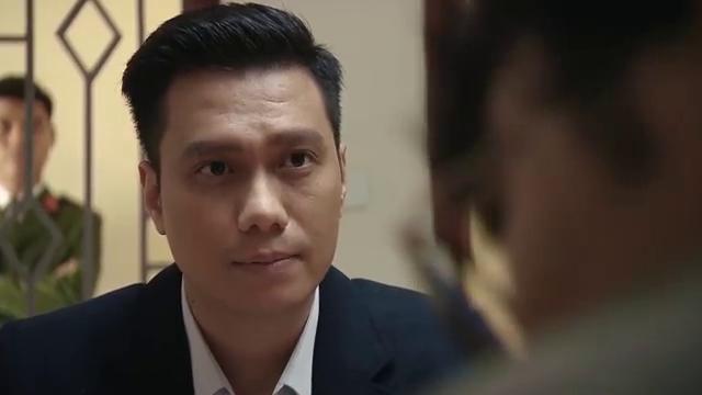 Mê cung - Tập 5: Làm luật sư cho Nhật, Đông Hòa (Việt Anh) bất ngờ đối đầu Khánh (Hồng Đăng) - Ảnh 1.