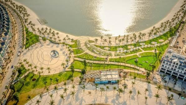 Vingroup thắp sáng hồ Vinhomes Ocean Park bằng dàn sao khủng showbiz - Ảnh 1.