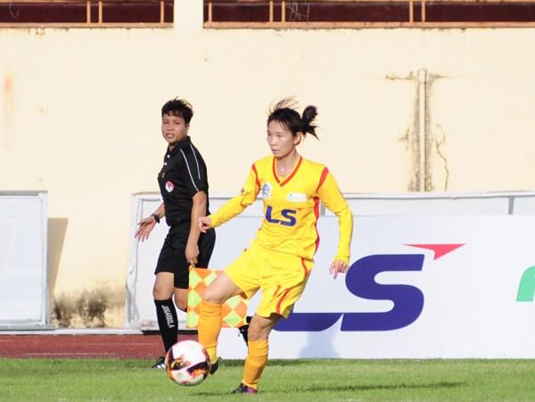 Giải bóng đá nữ VĐQG 2019: TP Hồ Chí Minh I đại thắng trận ra quân - Ảnh 1.