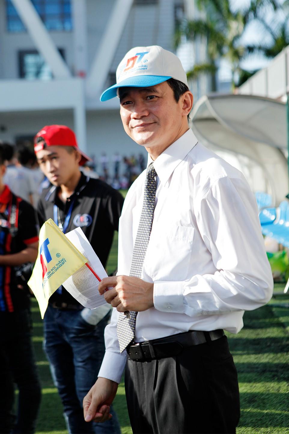 GS.TS Lê Vinh Danh, Hiệu trưởng Trường Đại học Tôn Đức Thắng: Hãy đi, sẽ đến! - Ảnh 2.