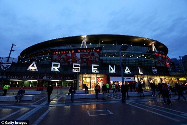 Sân Emirates gặp vấn nạn đáng báo động về chuột - Ảnh 1.