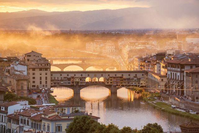 15 thành phố xinh đẹp nhất châu Âu - Ảnh 5.