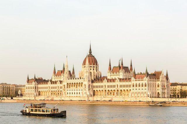 15 thành phố xinh đẹp nhất châu Âu - Ảnh 7.