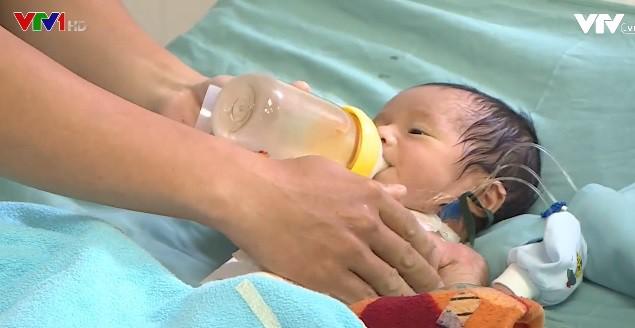 Phẫu thuật thành công cho bé sơ sinh bị u cơ tim bẩm sinh - Ảnh 1.