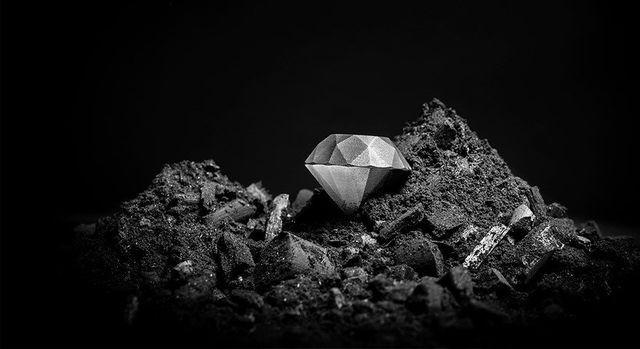 Cận cảnh viên kim cương đầu tiên trên thế giới được… in 3D - Ảnh 2.
