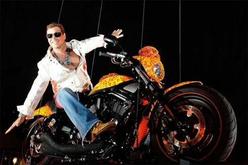 """2 mẫu mô tô xấu lạ nhưng có giá bán """"trên trời"""" - Ảnh 2."""
