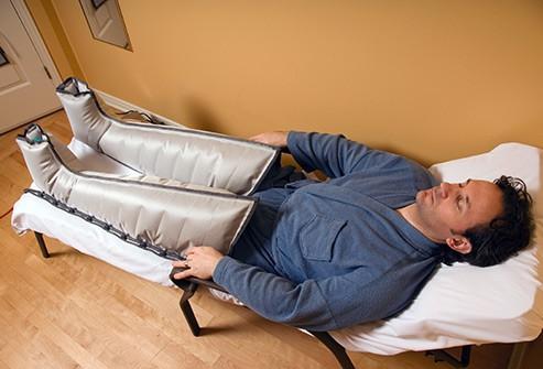 Những nguyên nhân khiến bàn chân bị sưng tấy - Ảnh 5.