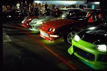 Nhìn lại hành trình 18 năm của series phim hành động tốc độ Fast & Furious - Ảnh 1.