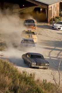 Nhìn lại hành trình 18 năm của series phim hành động tốc độ Fast & Furious - Ảnh 4.